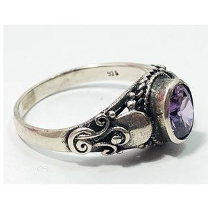 Vintage sterling silver purple glass stone ring 7